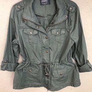 Military style olive green jacket size large